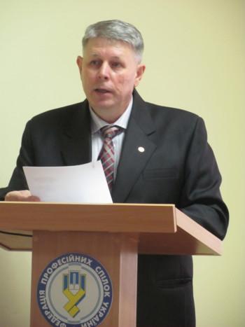 zayavu-pro-vidstavku-golovu-oblasnogo-fst-kolos-delegaty-konfeerntsiyi-ne-zadovolnyly