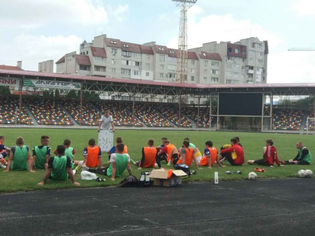 До тренерських настанов Петра Бадла, тернопільські футболісти в матчі проти Скали не дослухалися, тому й програли